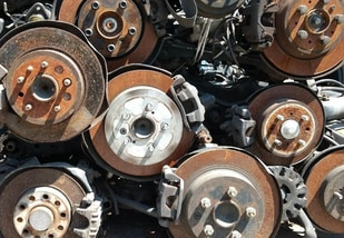 used differentials at a junkyard